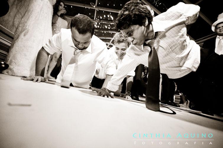 FOTOGRAFIA DE CASAMENTO RJ FOTÓGRAFA DE CASAMENTO WEDDING DAY CASAMENTO RAFAELLA E NILO NITERÓI Igreja de São Francisco Igreja São Francisco Xavier Maison Cascade - Niteroi FOTOGRAFIA DE CASAMENTO
